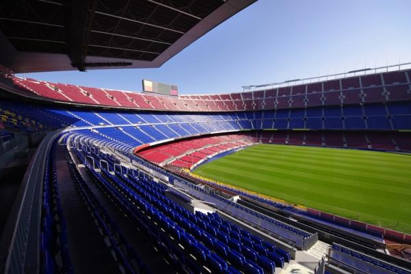 VB to install field heating system for FC Barcelona